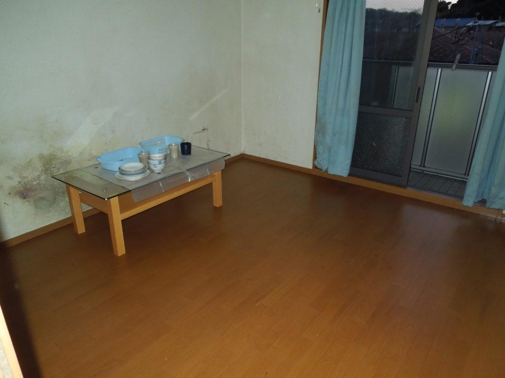 三浦市のゴミだらけの洋室を片付けた後の写真